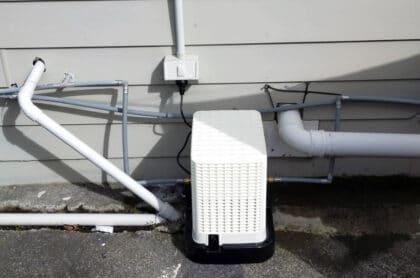 Pressure-booster-pump-installation